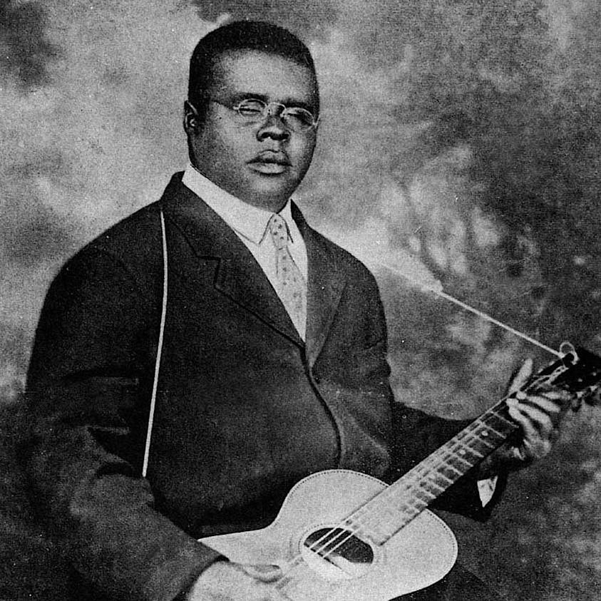 Blind Lemon Jefferson - Bootin' Me 'Bout / Empty House Blues