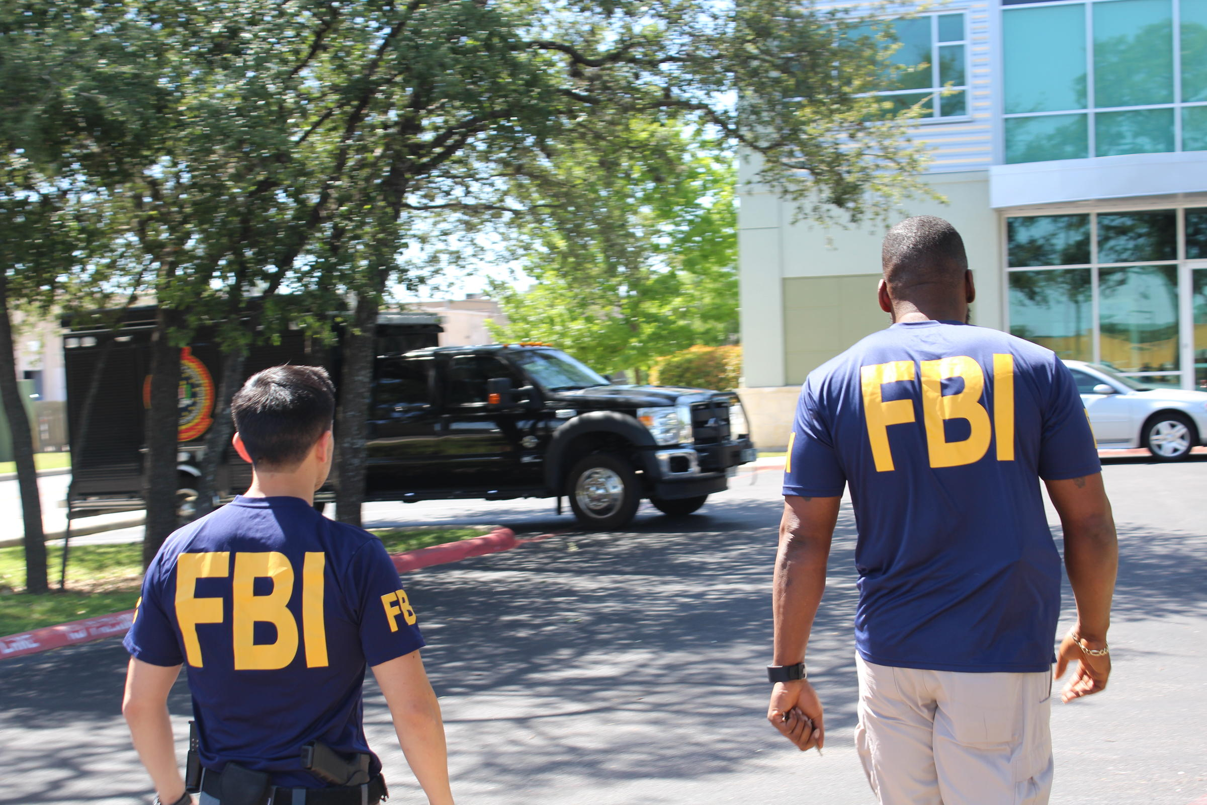 Federal Bureau of Investigation  raiding Laredo City Hall, county courthouse