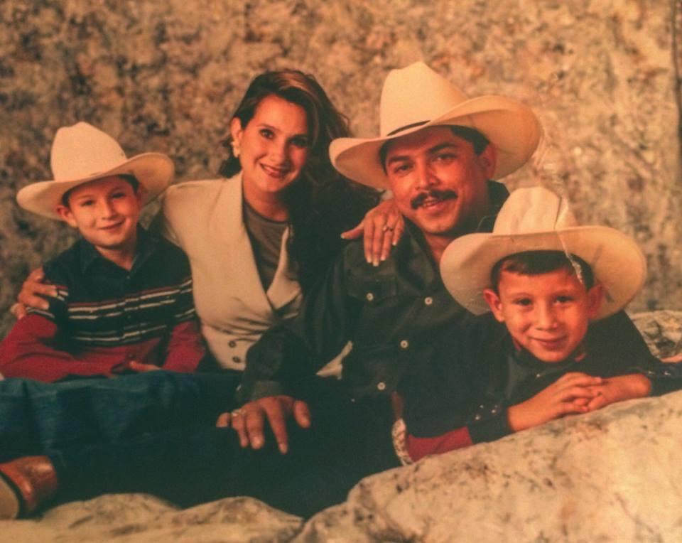 San Antonio S Navaira Brothers The Beat Goes On Texas