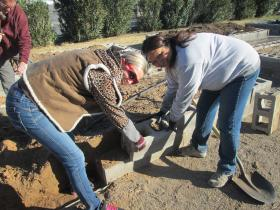 Master Gardeners at work at the vegetable garden.  (Marianela Milner, right)
