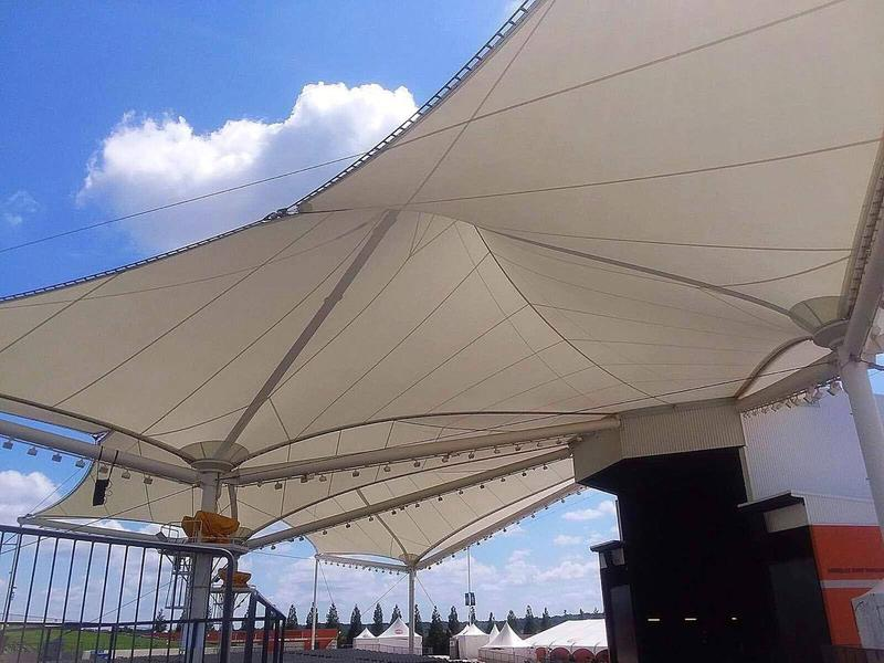 The Walmart AMP tent can withstand sustained winds of 90 miles per hour.