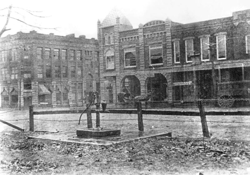 An image of the original building as seen in City of Fayetteville Hall of History.
