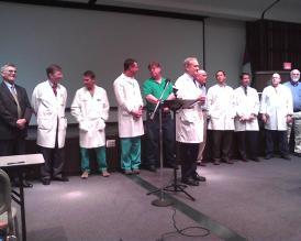 Doctors voicing their opposition to Issue 5