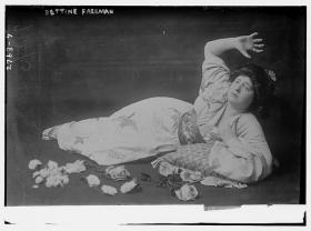Opera Singer Bettine Freeman in Puccini's Madame Butterfly, July 15, 1913