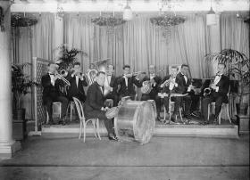 1920's jazz ensemble