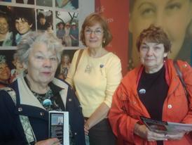 Sisters visit exhibit.