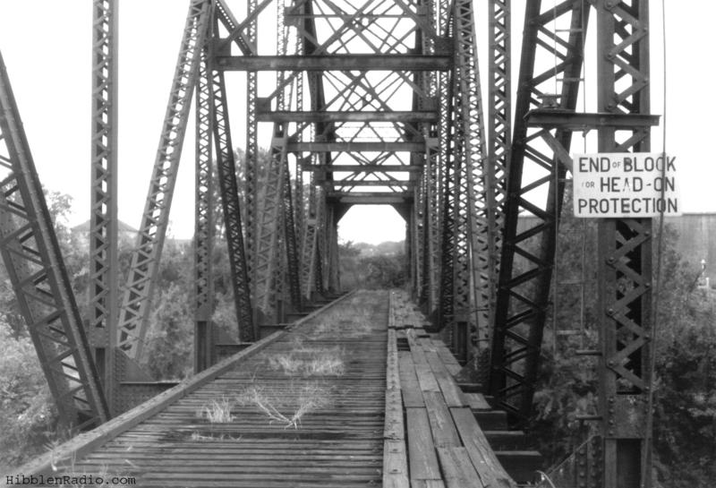 Looking south on the Rock Island Bridge in 1994.