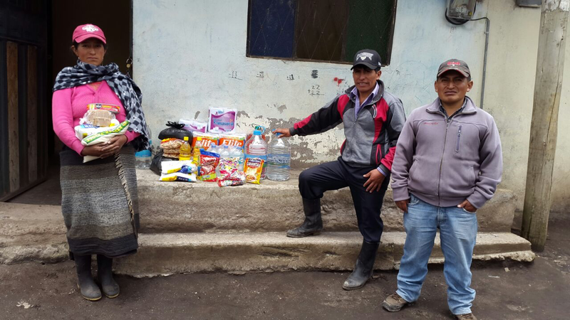 Groups of Heifer project participants in Andean Ecuador gathered supplies to help the victims of the April 16 earthquake.