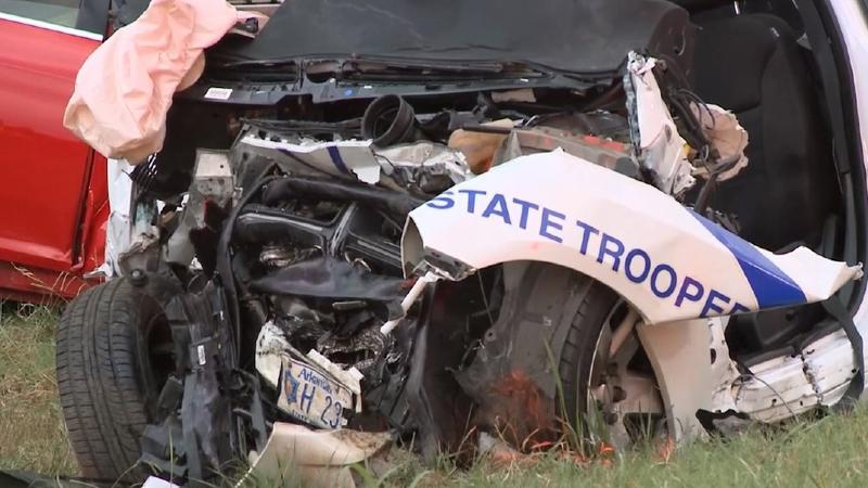 Arkansas state trooper police crash wrong way
