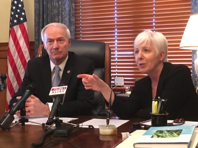 Governor Asa Hutchinson DHS director Cindy Gillespie