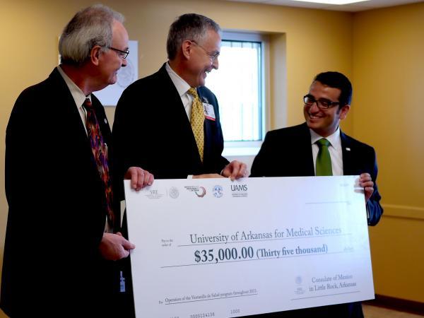 (L to R) Dean Jim Raczynski, Chancellor Dan Rahn, and Consul David Preciado