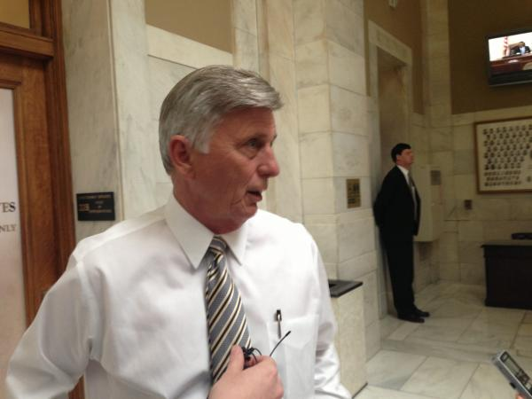 Governor Mike Beebe speaking to reporters about a letter of approval from Health and Human Services Secretary Kathleen Sebelius.