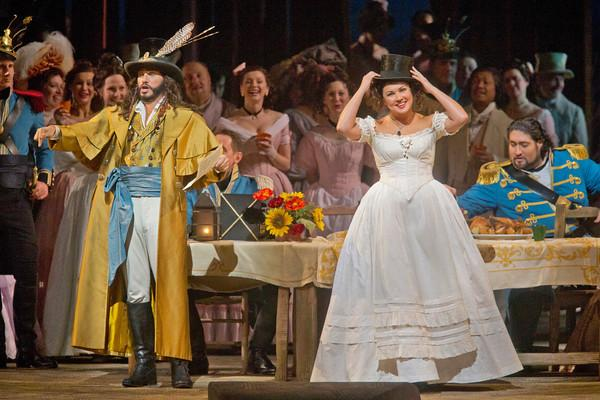 "Erwin Schrott as Dulcamara and Anna Netrebko as Adina in Donizetti's ""L'Elisir d'Amore"" at the Metropolitan Opera on January 17, 2014."