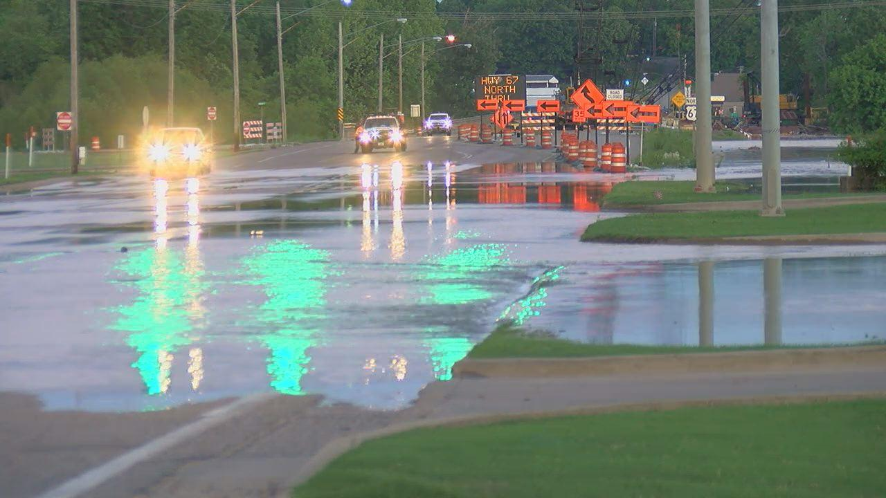 Levee breach leads to flooding in northeast Arkansas
