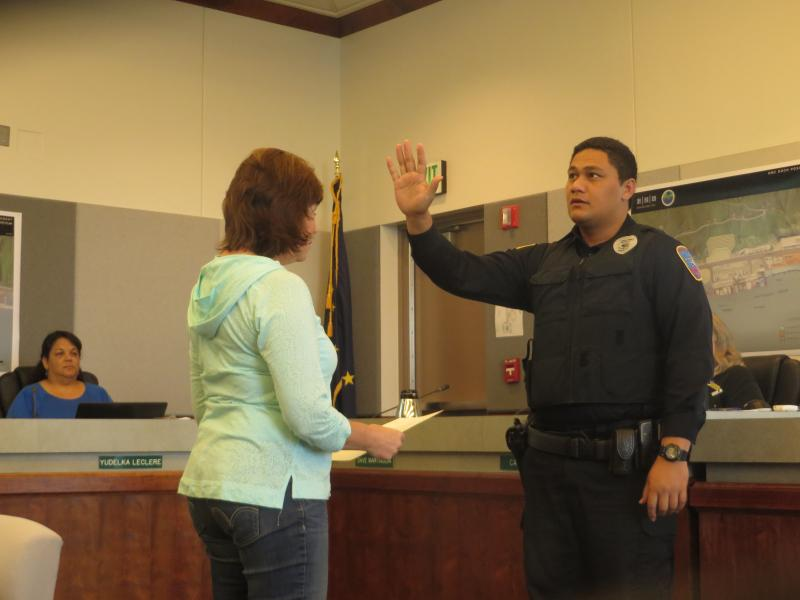 city council swears in new police officer  previews visit