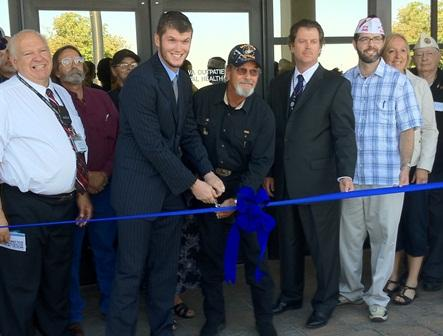 Iraq veteran John Angel Jr. and Vietnam veteran Craig Shipley cut the ribbon on the VA Salt Lake City's new Mental Health Outpatient Building.