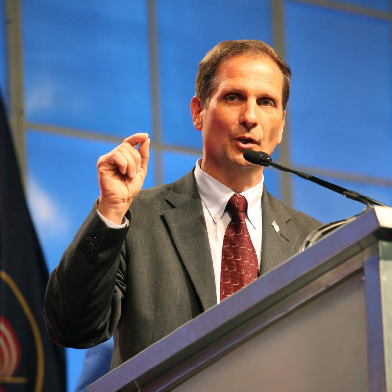 Chris Stewart speaks at the 2012 Utah Republican Convention