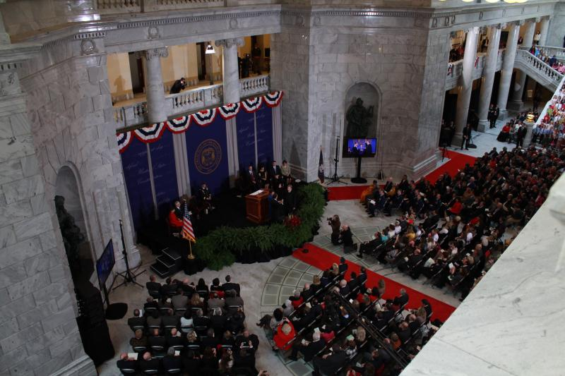 Governor Gary Herbert takes the Oath of Office