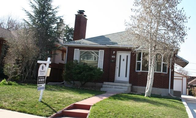 "Rare ""For Sale"" in Browning Street in Salt Lake City"