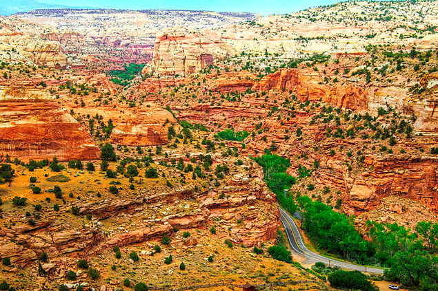 The The outdoor recreation industry should be looking to expand national monuments like Grand Staircase Escalante, says former Interior Secretary Bruce Babbitt, who says federal public lands are under attack by the lands-transfer movement.