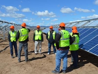Utah solar jobs on the rise while oil gas jobs decline kuer 901 sunedison breaks ground on seven sisters solar power project in utah publicscrutiny Choice Image