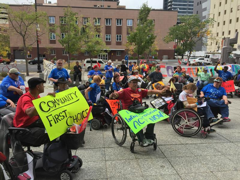 Members of ADAPT demonstrate at the federal building in Salt Lake City. (Sept. 30, 2015)