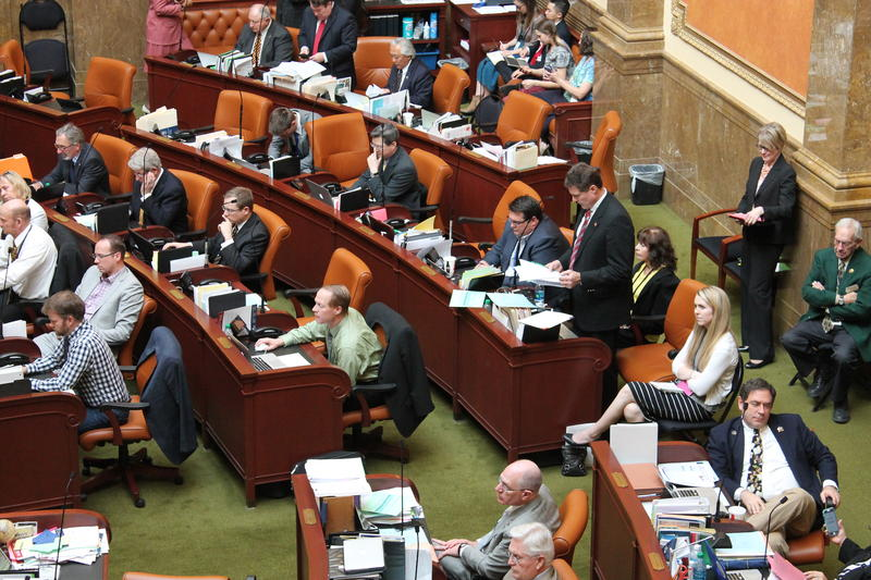 Utah House Majority Leader Jim Dunnigan presents HB437 on the floor of the Utah House of Representatives. (March 4th, 2016)