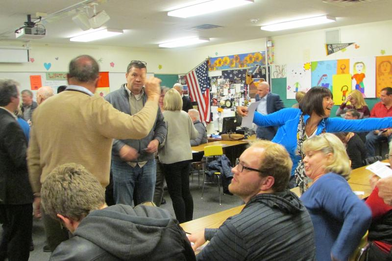 The presidential preference poll begins at a Hollday precinct Tuesday night.