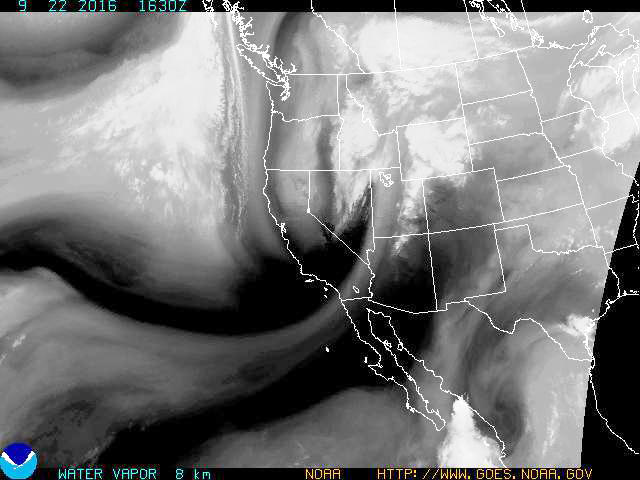 Thursday's moisture picture showing major storm system heading into Utah from the Pacific Northwest.