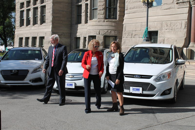 From left to right, University of Utah President David Pershing, Salt Lake City Mayor Jackie Biskupski and Utah Clean Energy Executive Director Sarah Wright.