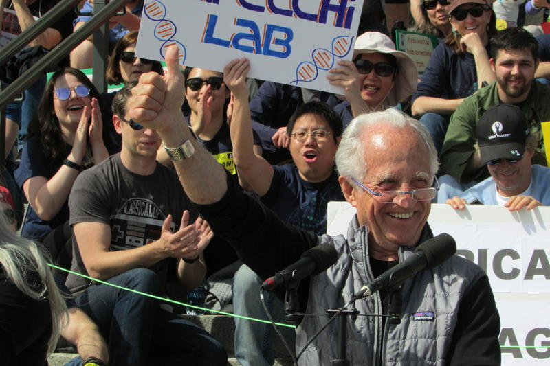 Mario Capecchi, who won the Nobel Prize for Physiology or Medicine in 2007, rouses the March for Science Crowd on Saturday.
