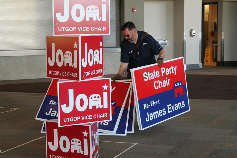 Campaign signs for James Evans are hauled off after he lost his re-election bid Saturday to Rob Anderson.