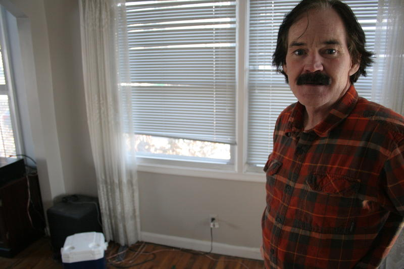 Photo of Mike Lyons.