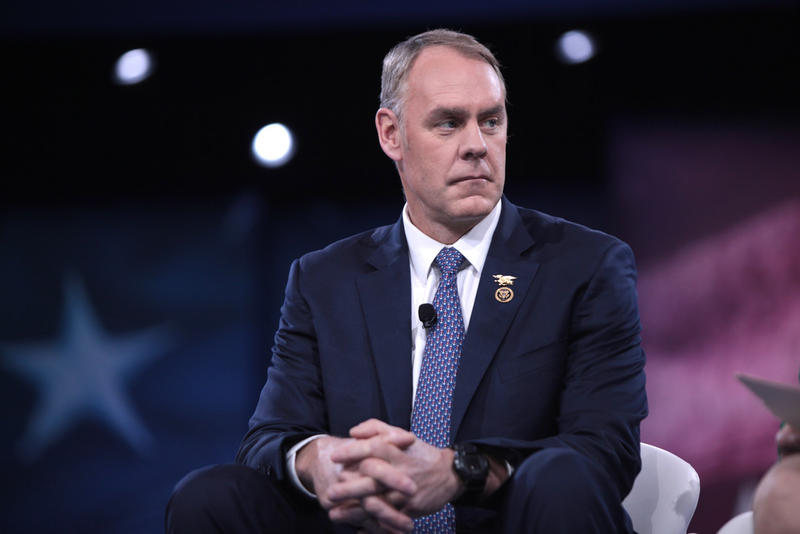 Photo of Ryan Zinke.