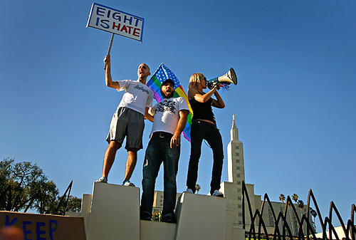 "Protest at the Mormon Temple in Los Angeles. Photo by <a href=""http://www.flickr.com/photos/32912172@N00/3013695569/\"" target=\""_blank\"">Bob Bobster</a> on flicker.com"