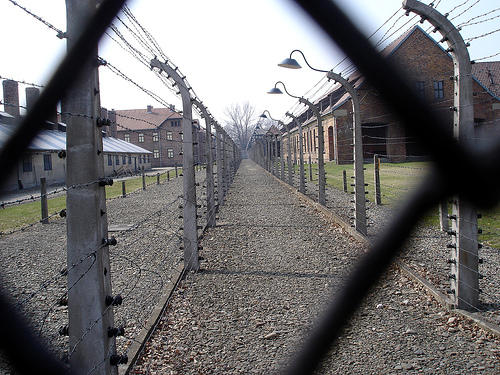 "Auschwitz I, Photo by <a href=""http://www.flickr.com/photos/karmor/127136407/in/set-72057594104824976/\"" target=\""_blank\"">John Karmor</a> on flickr.com"