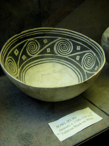 """An example of an Anasazi bowl - dated c.1100-1250 A.D. Photo by <a href=\""""http://www.flickr.com/photos/mindtalk/3285939436/\"""" target=\""""_blank\"""">Kate Skegg</a> on flickr.com"""