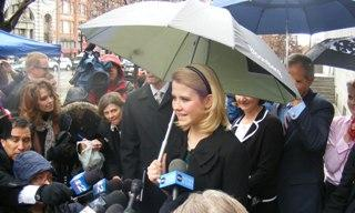 Elizabeth Smart addresses reporters after the verdict