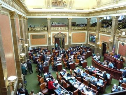 The Utah House of Representatives voted, 41-33, on Tuesday to seek a constitutional convention.