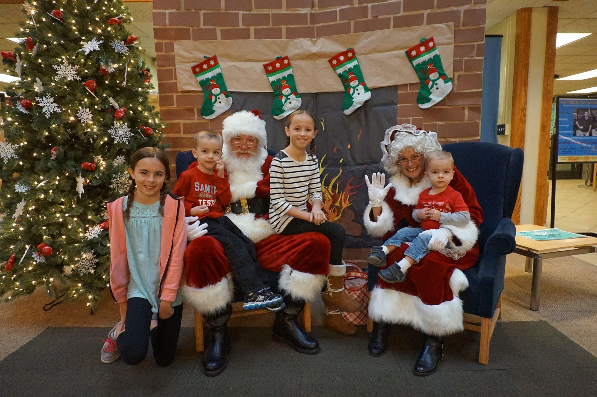 Utah Families Follow Santa\'s Trek With Help From NORAD | KUER 90.1