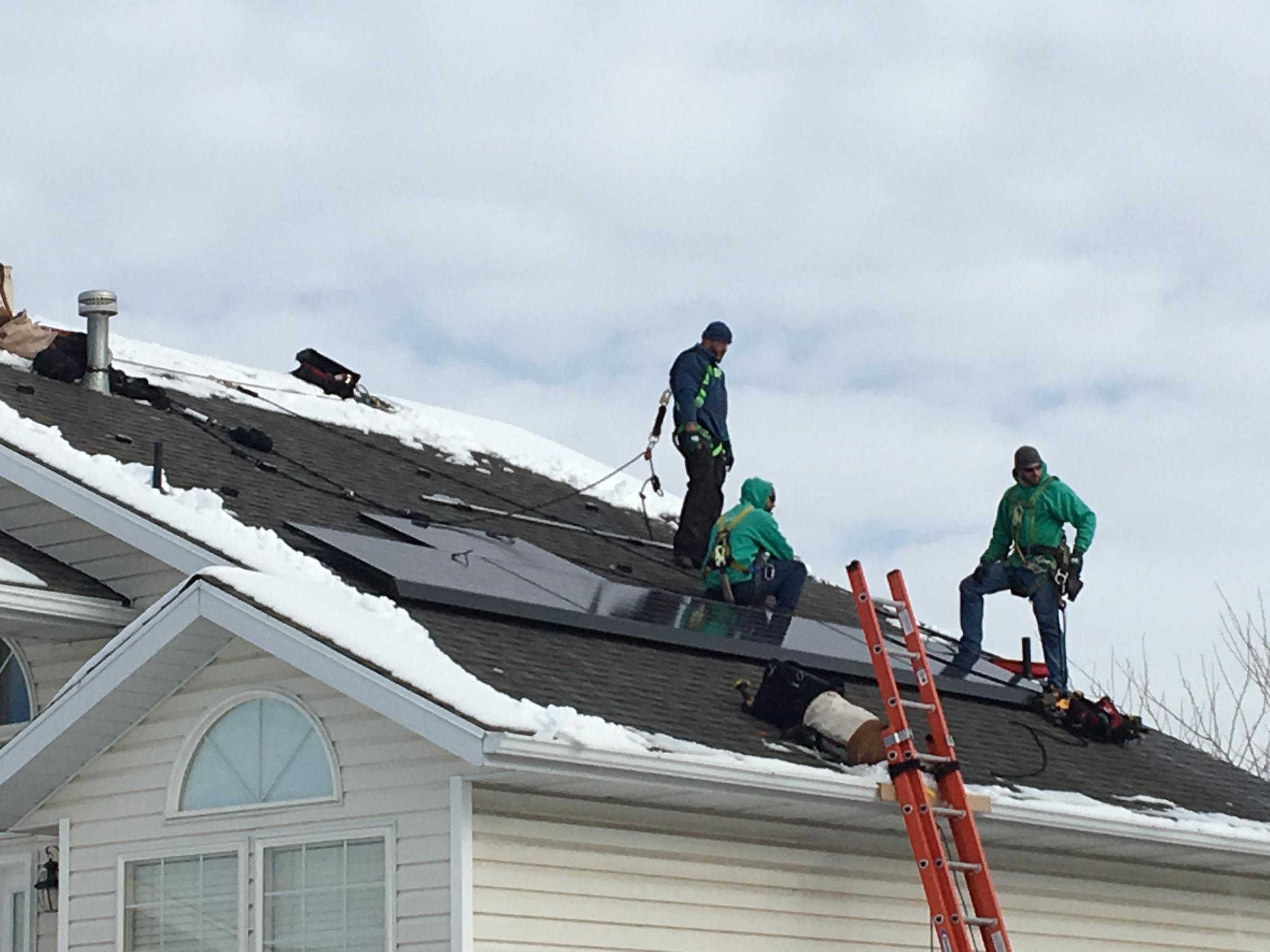 State utility regulators adopt new policy for solar rates