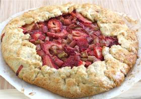 Strawberry-Rhubarb Galette (CC-BY-NC)