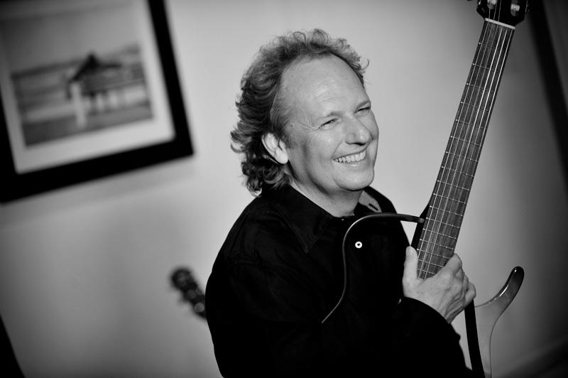 Grammy winner, Lee Ritenour with his guitar.