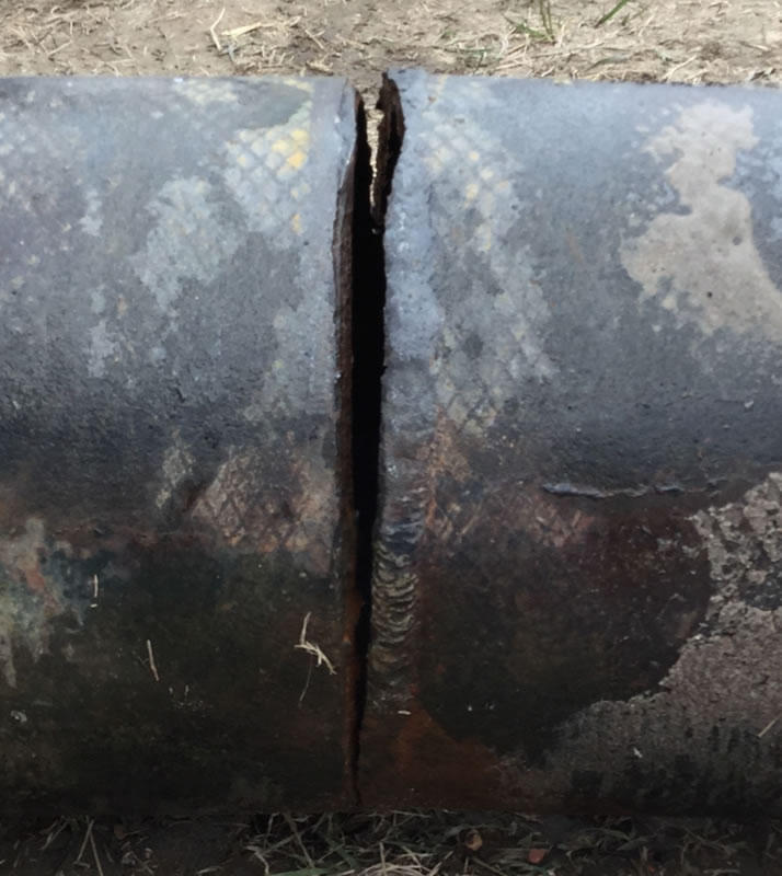 Poplar pipeline crack