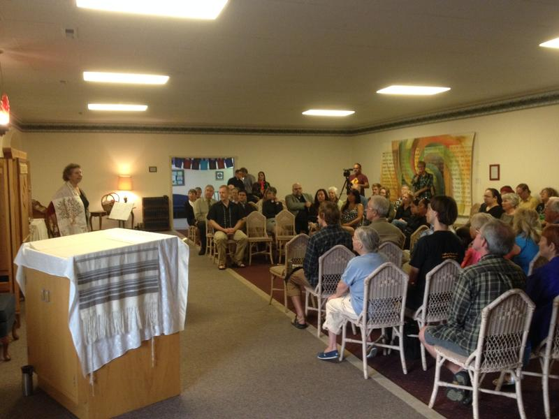 About 100 people came to Har Shalom Synagogue for the totem pole event