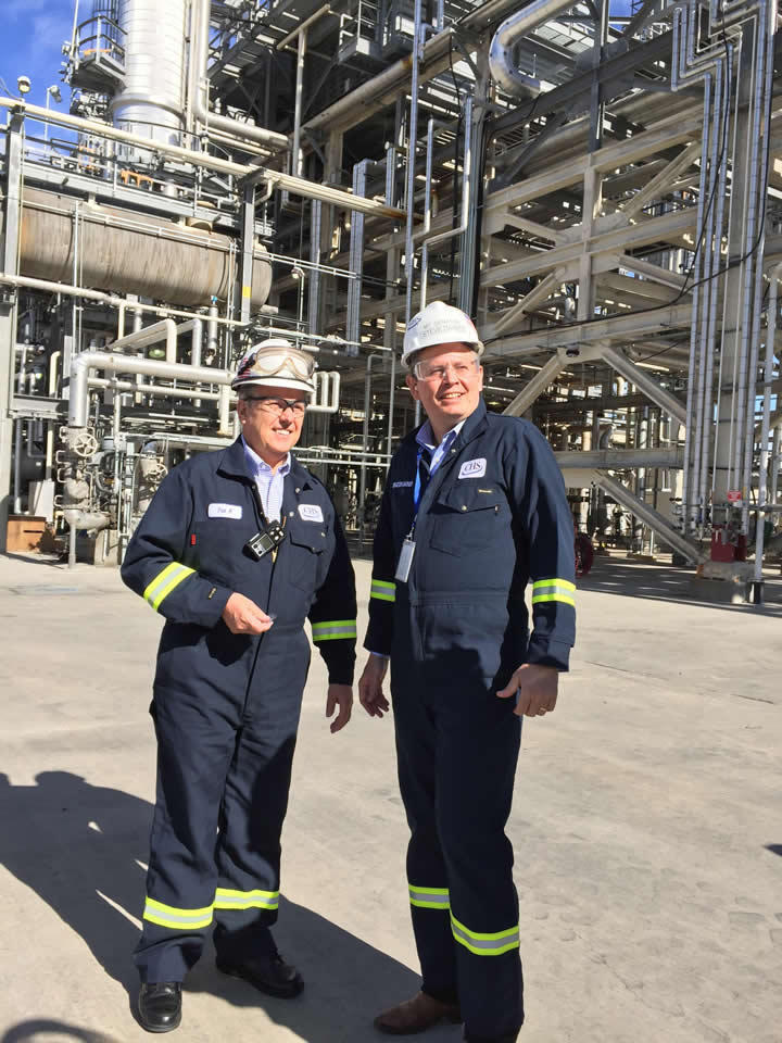 CHS Refinery Manager Pat Kimmet (L) gives Senator Steve Daines, R-MT, a tour of the Laurel facility.