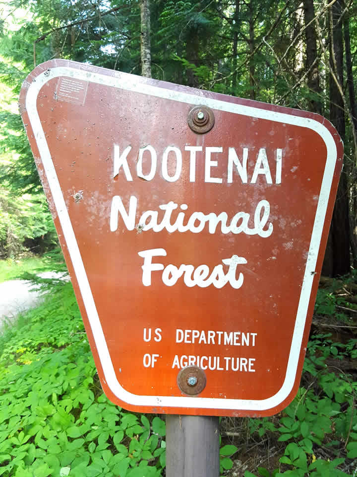 Kootenai National Forest sign.