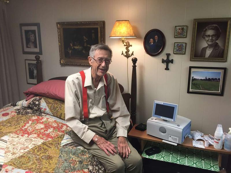 Ward Shanahan at home with his dialysis machine