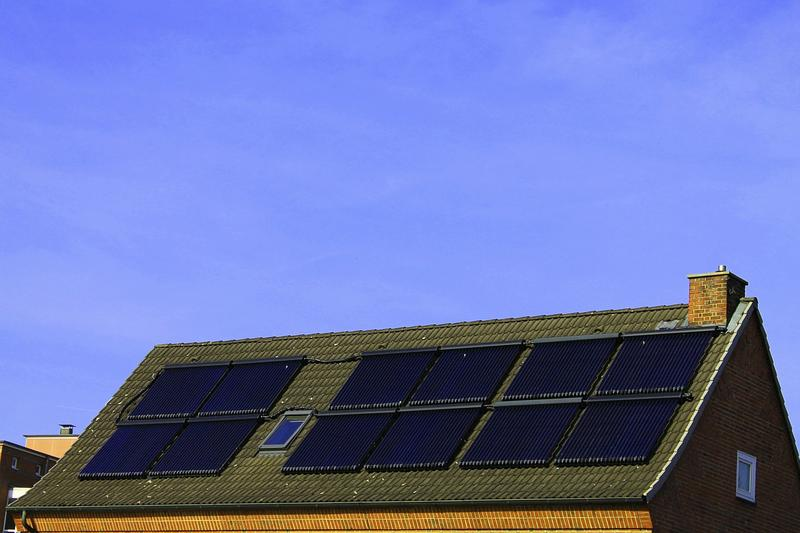 Solar Energy Advocates Ask Feds To Reverse Price Suspension