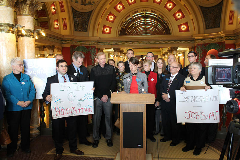 House Minority Leader Jenny Eck speaks in support of Democratic proposals to fund state infrastructure during a press conference in the Capitol, Tuesday, January 3, 2017.
